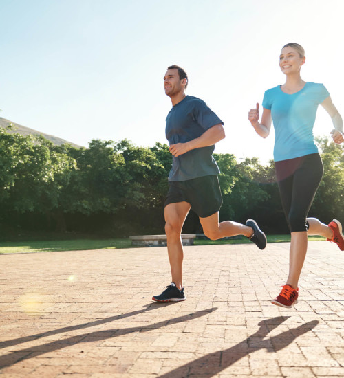 279716-exercicios-em-casal-quais-os-beneficios-e-quais-podem-ser-feitos